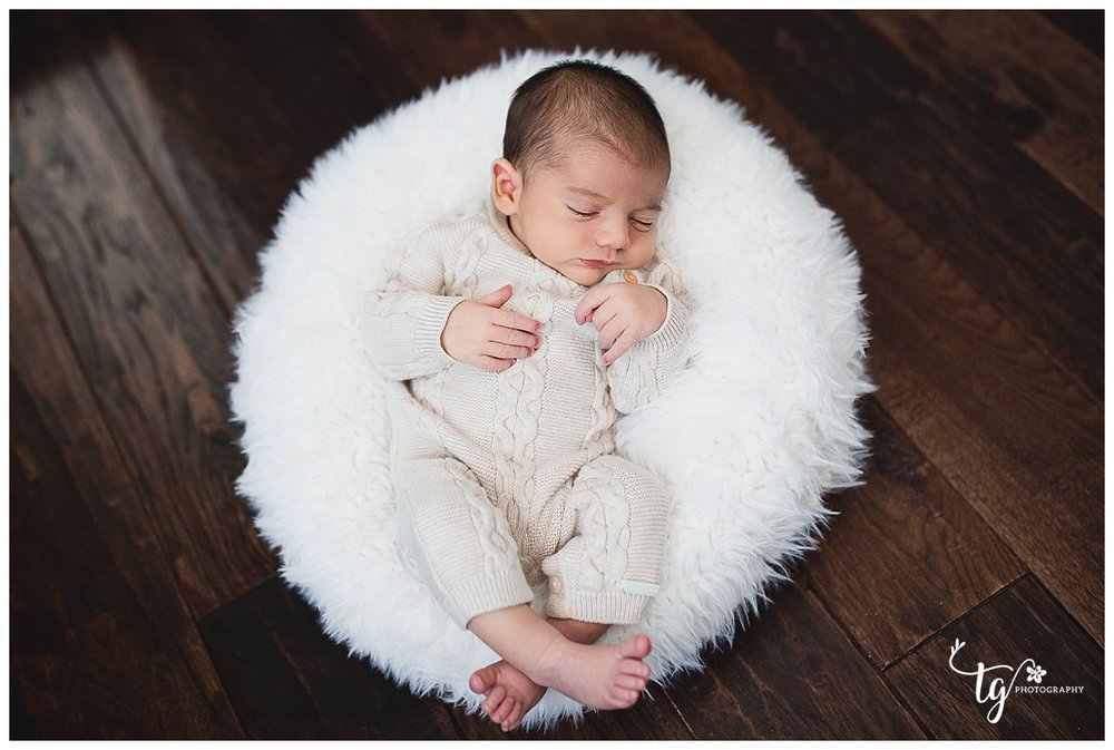 Safe and comfortable posed newborn photography