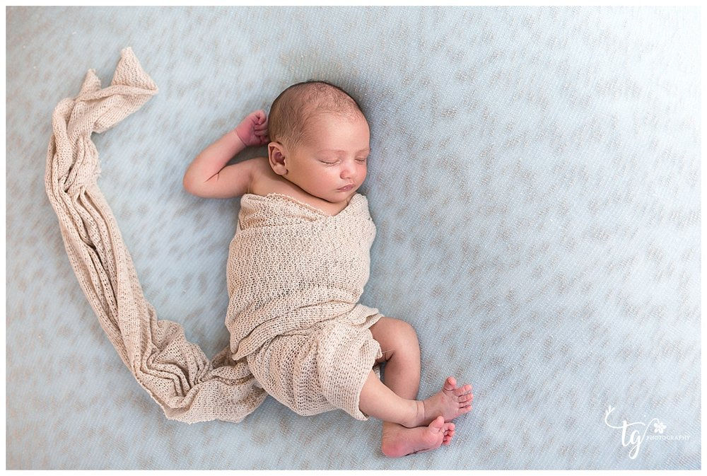 Natural and Timeless newborn photography