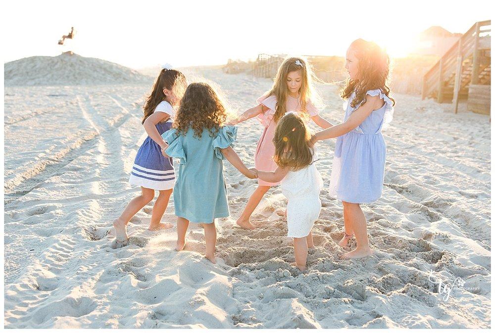 photographer for beach family photos