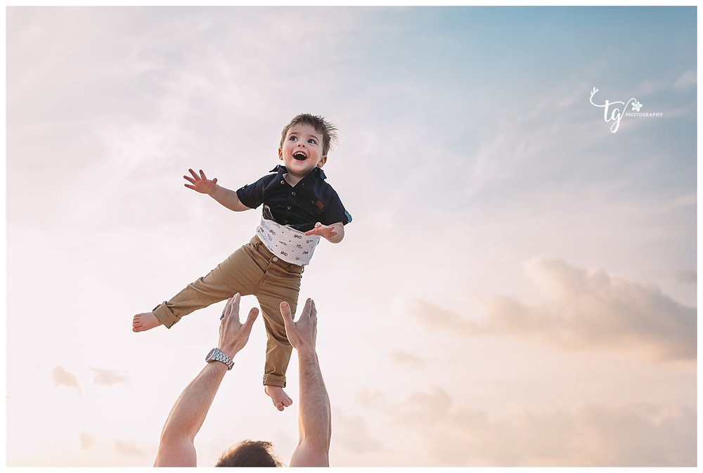 natural and relaxed family photos