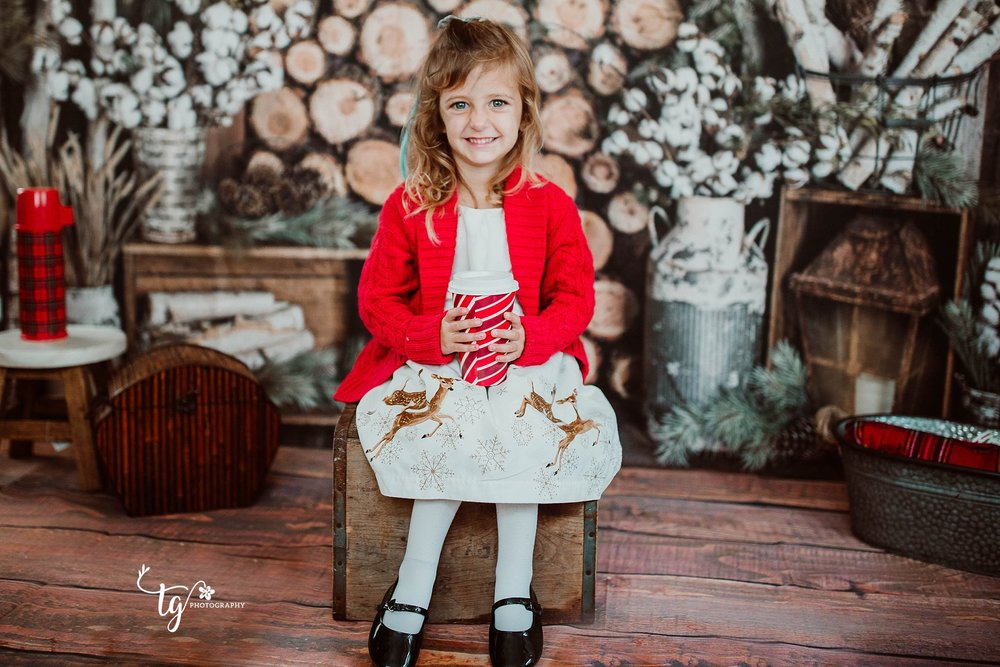 rustic holiday mini session