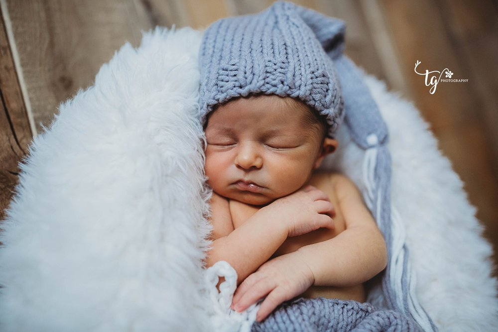 rustic baby photographer
