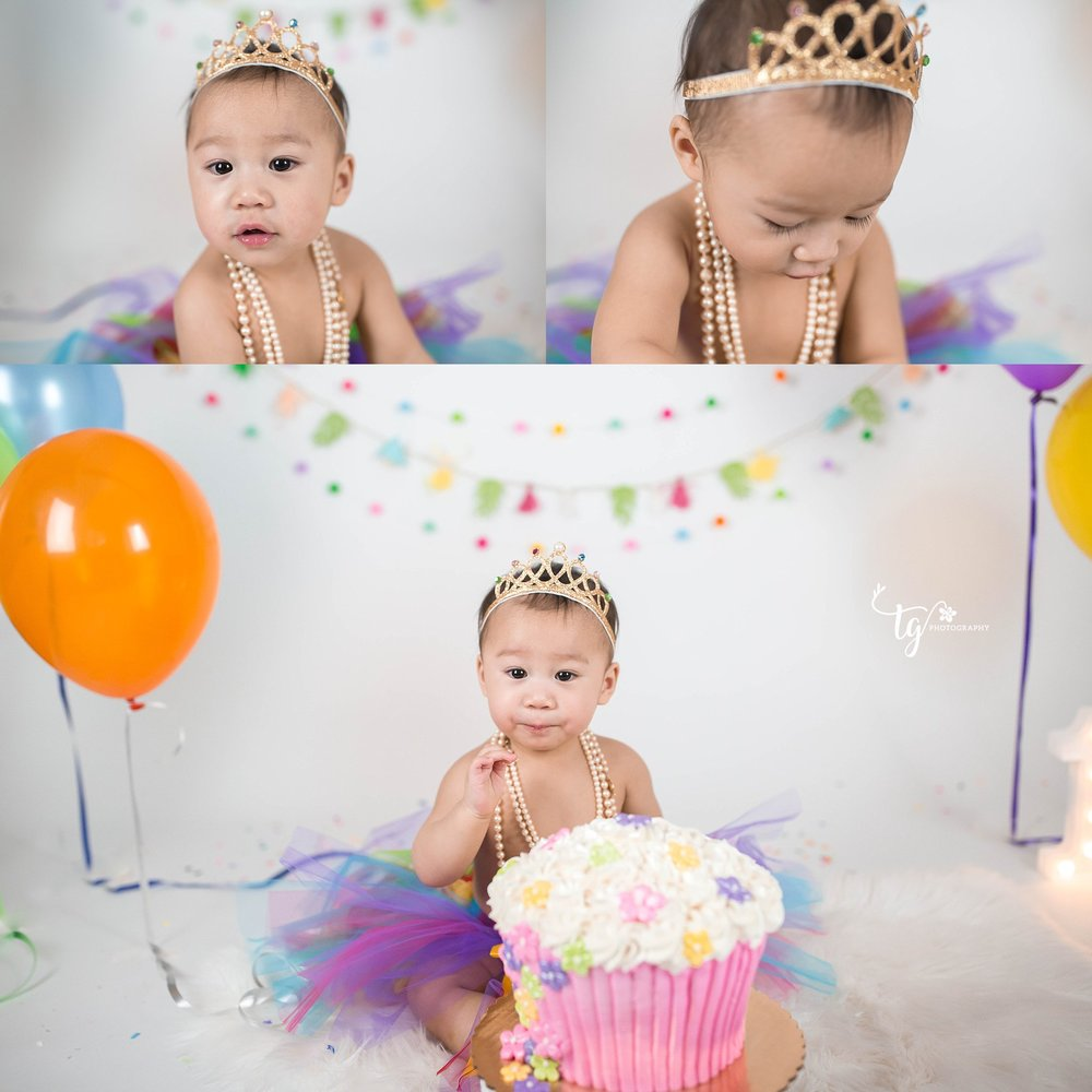 simple and natural first birthday photographer