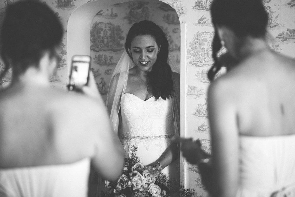 Tredudwell-Manor-Wedding-Photographer-17.jpg