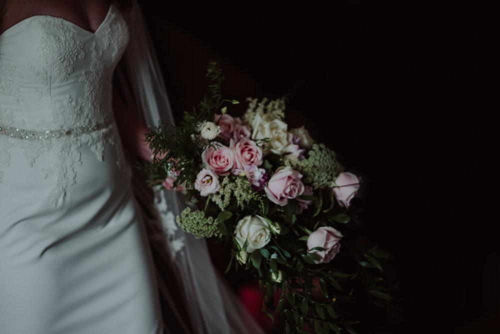 Tredudwell-Manor-Wedding-Photographer-16.jpg