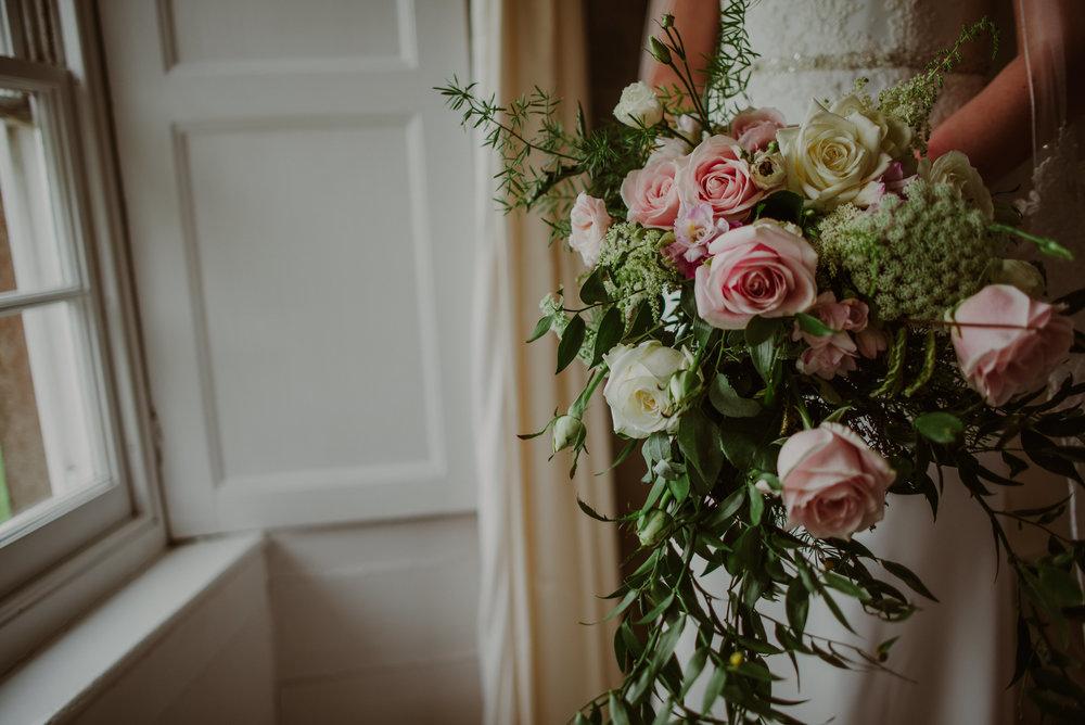Tredudwell-Manor-Wedding-Photographer-18.jpg