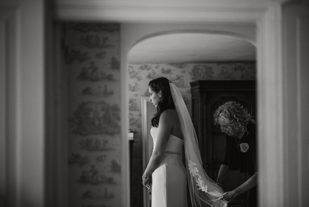 Tredudwell-Manor-Wedding-Photographer-22.jpg