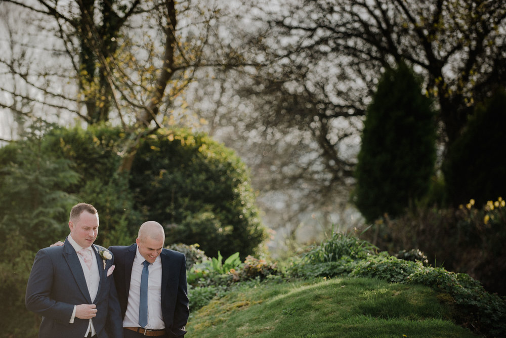 wedding-photographer-the-green-cornwall-12.jpg