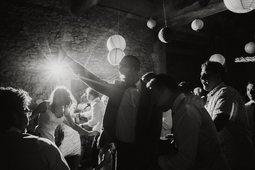 wedding-photographer-dordogne-mark-shaw-77.jpg