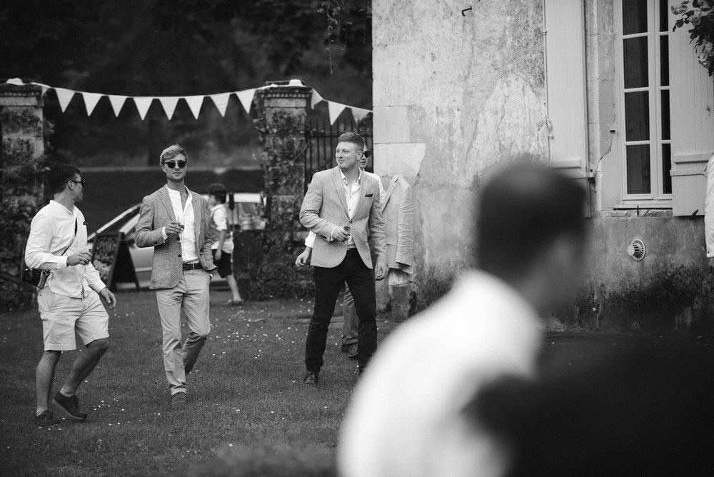 wedding-photographer-dordogne-mark-shaw-12.jpg