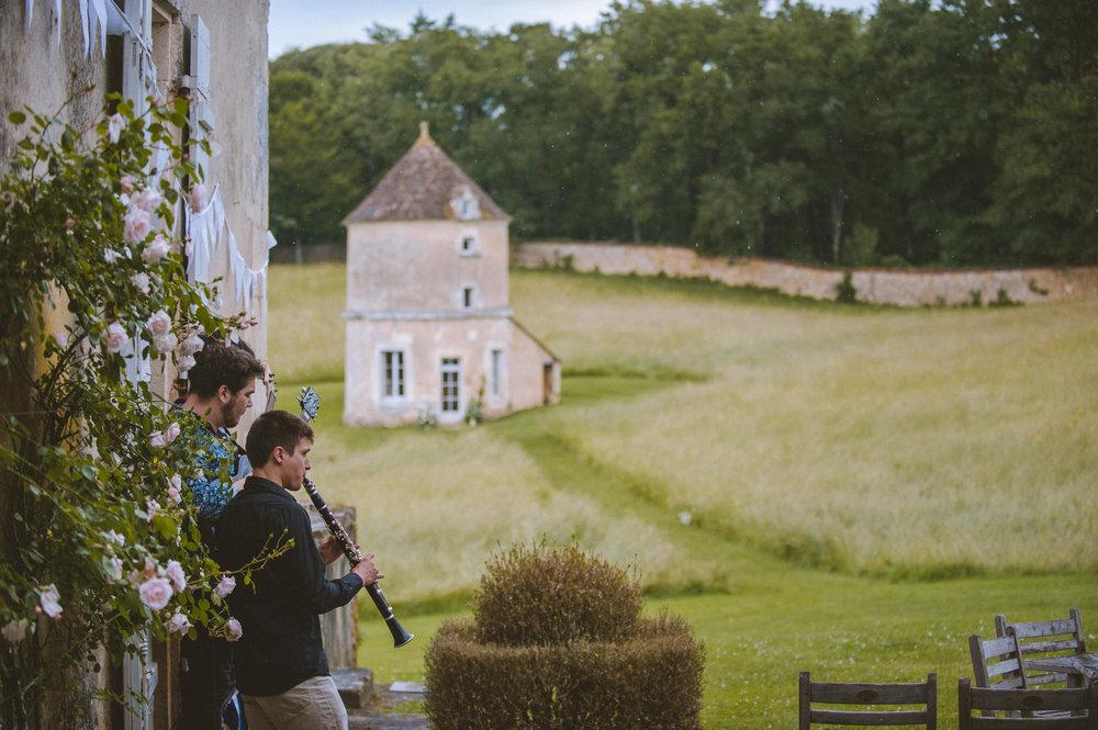 wedding-photographer-dordogne-mark-shaw-16.jpg