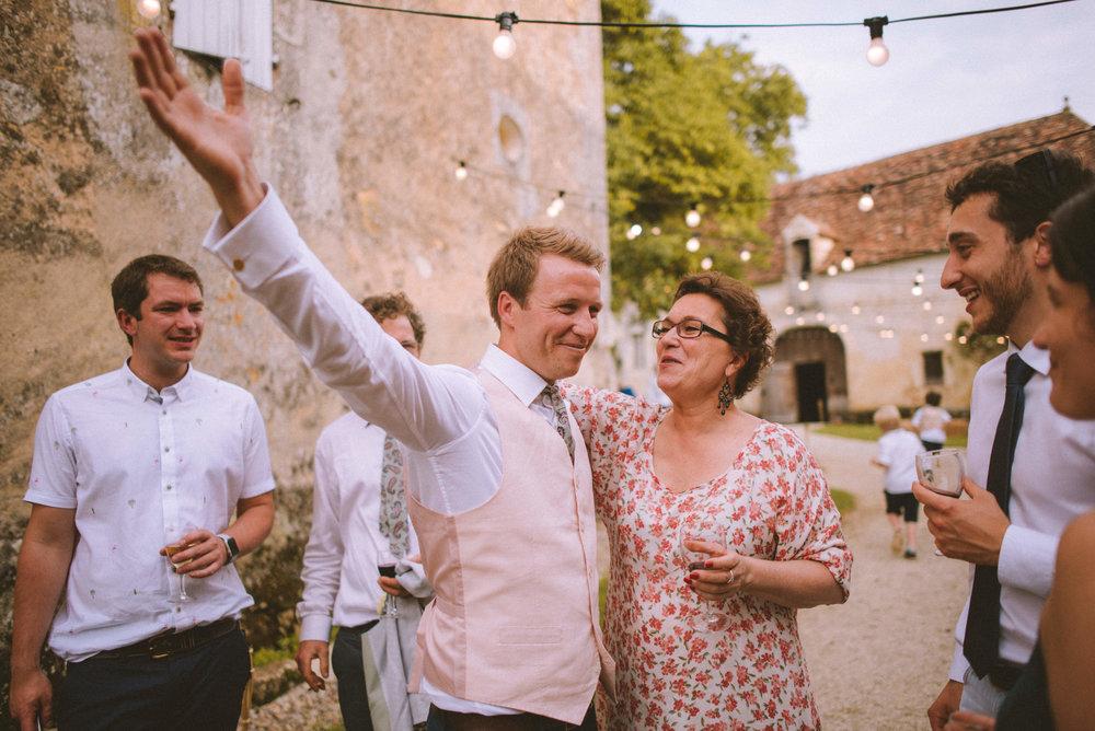 wedding-photographer-dordogne-mark-shaw-53.jpg