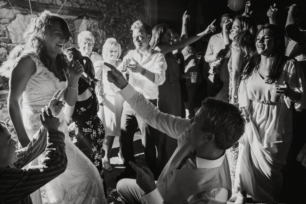 wedding-photographer-dordogne-mark-shaw-80.jpg