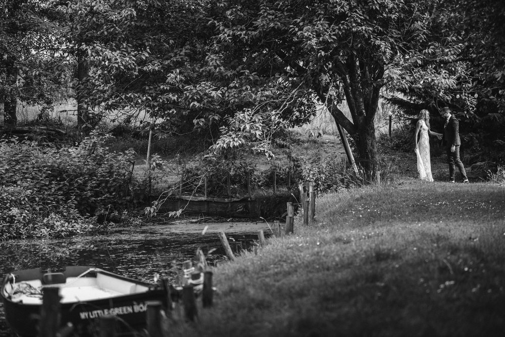 wedding-photographer-devon-4.jpg