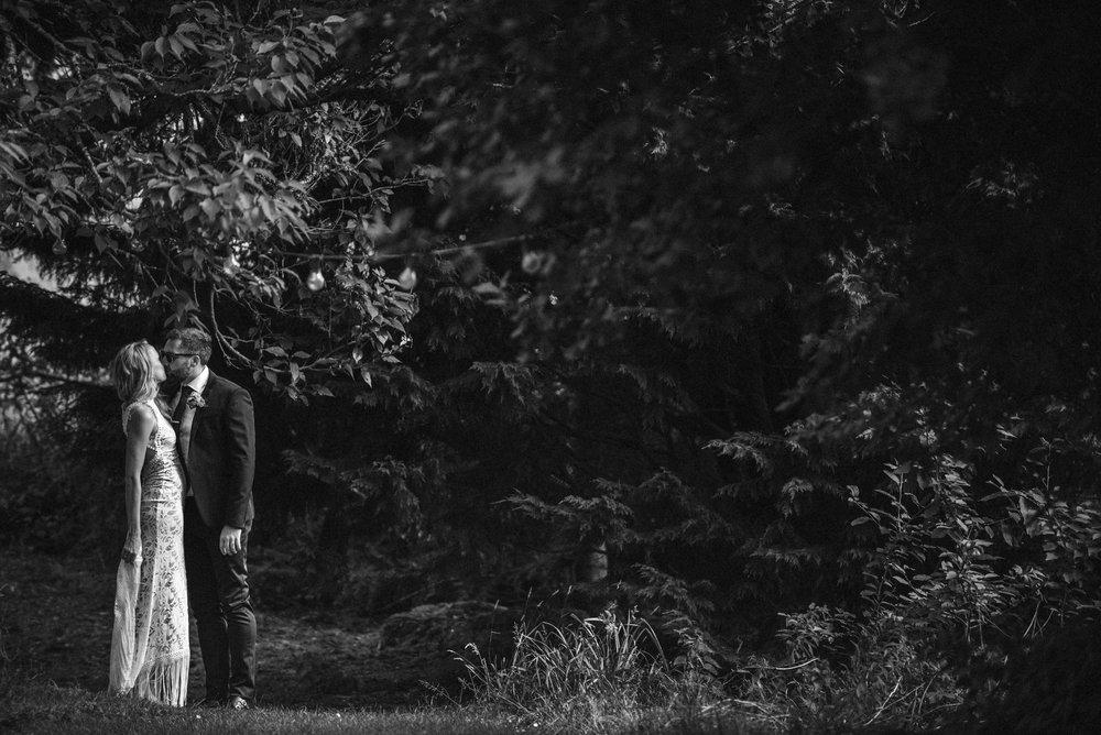 wedding-photographer-devon-7.jpg