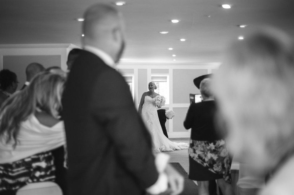 wedding-photographer-falmouth-greenbank-11.jpg