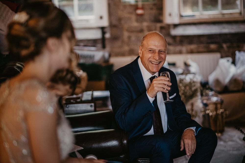 wedding-photographer-polhawn-fort--115.jpg