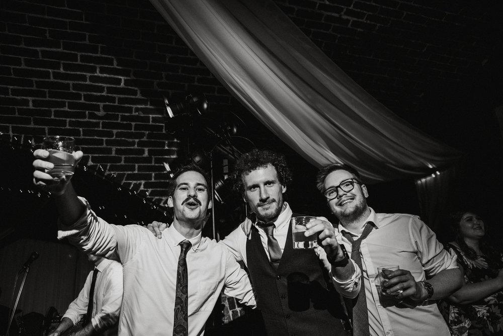 wedding-photographer-polhawn-fort--576.jpg