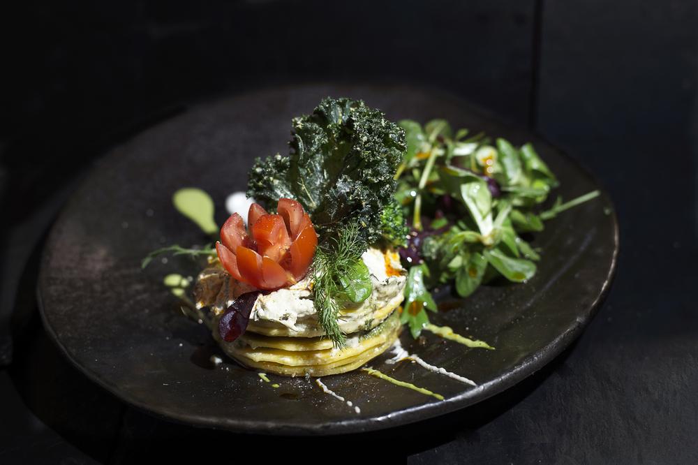 Vegan London Vantra Raw Gluten-Free Health Nutrition Restaurant Buffet