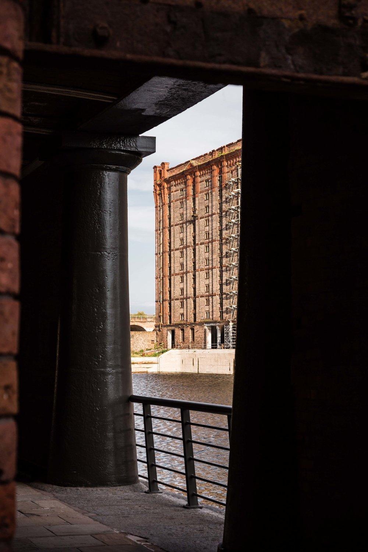Titanic-Liverpool-stanley-dock-2.jpg