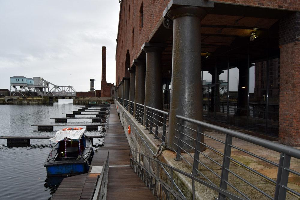titanic-liverpool-marina-2.jpg