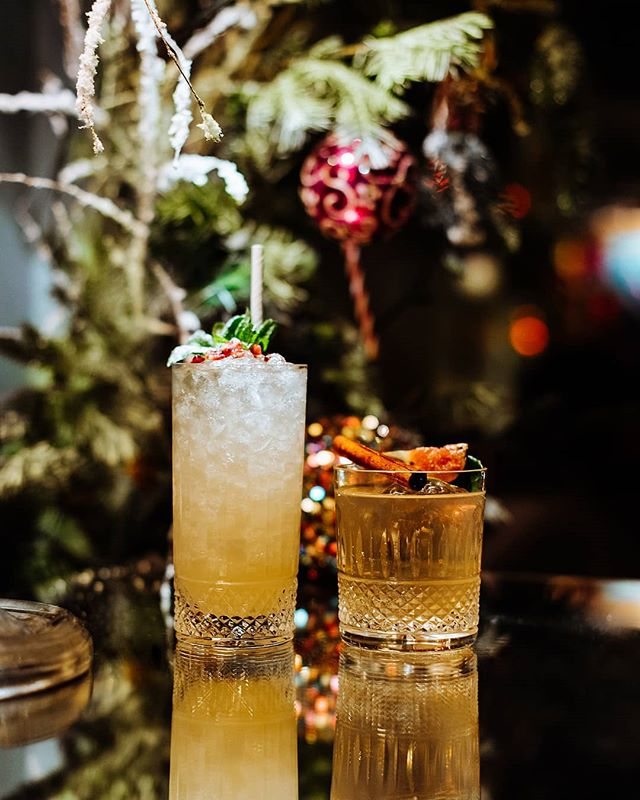 On the second day of Christmas, my true love gave to me... 2 Festive Cocktails🍹🥃