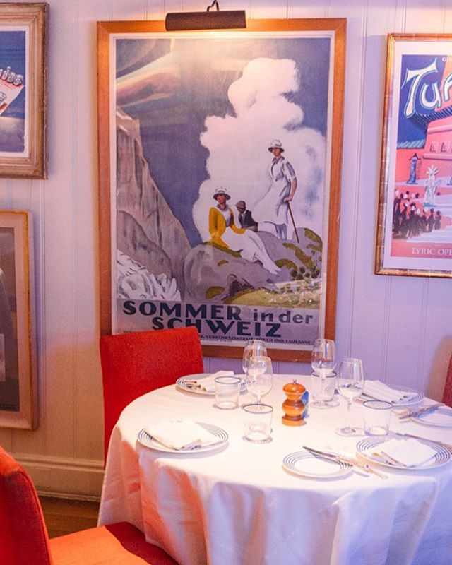 One of our favourite corners in the Restaurant. You can't help but feel you've been whisked away to the Alps 🌬 #swisschic #vintageposter #georgemayfair