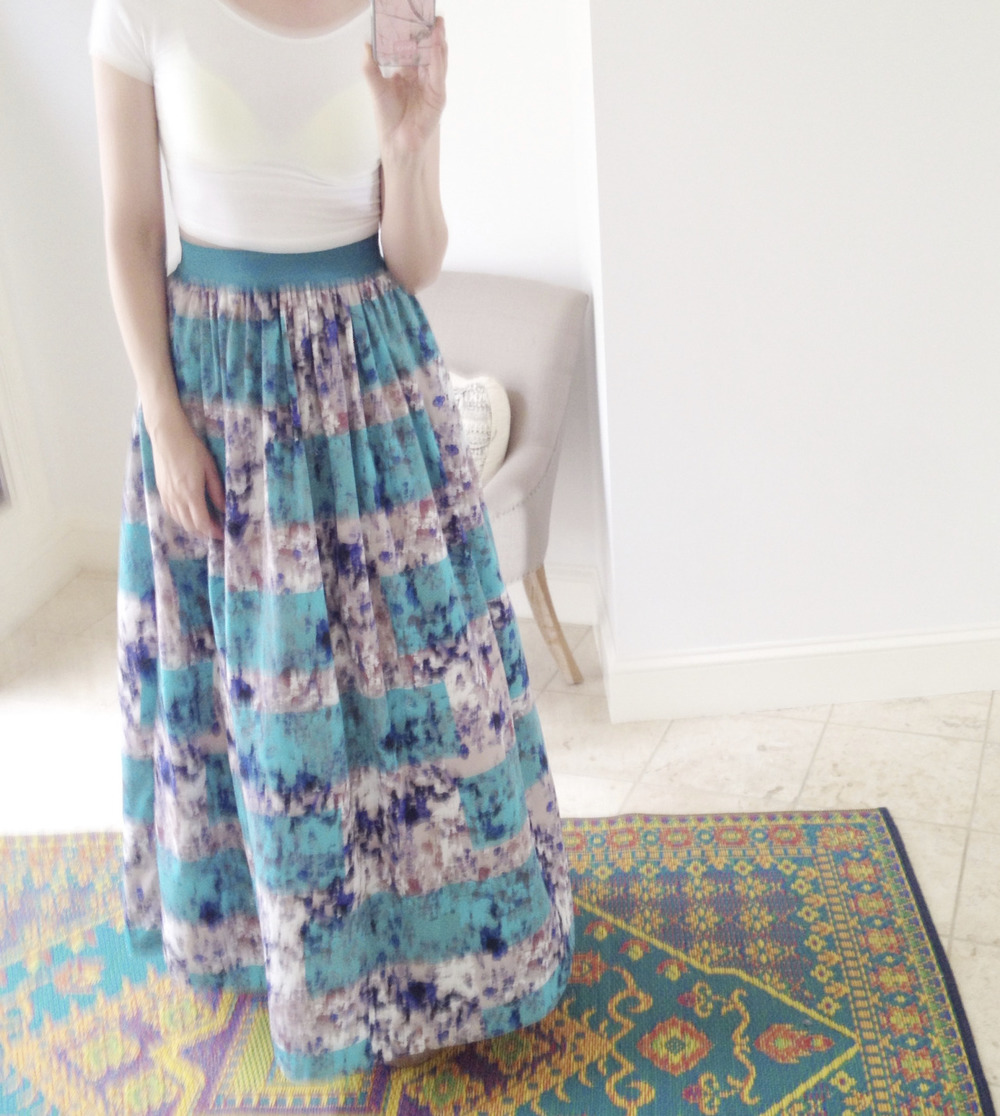 on new years day. skirt//anthropologie.