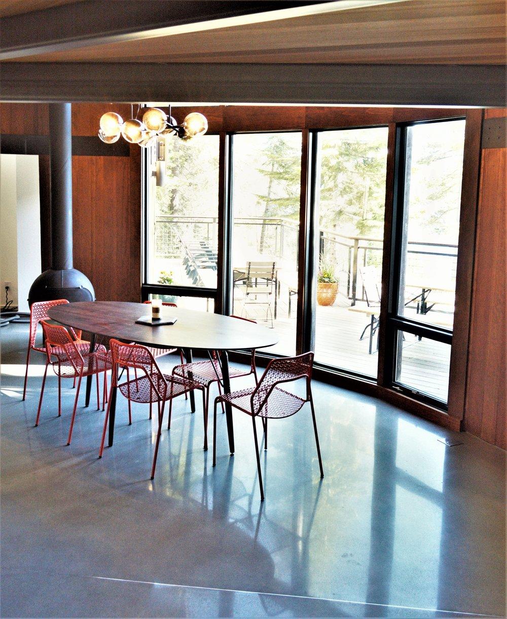 Westlake dinning room2.jpg
