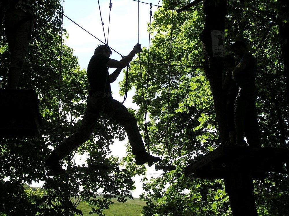 climbing-259179_1920.jpg