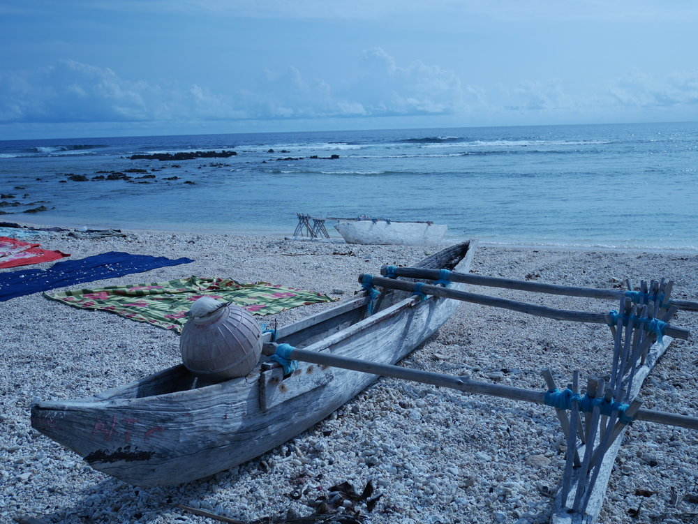 fa69099f66a8-Fishing_canoe__Tanna.JPG