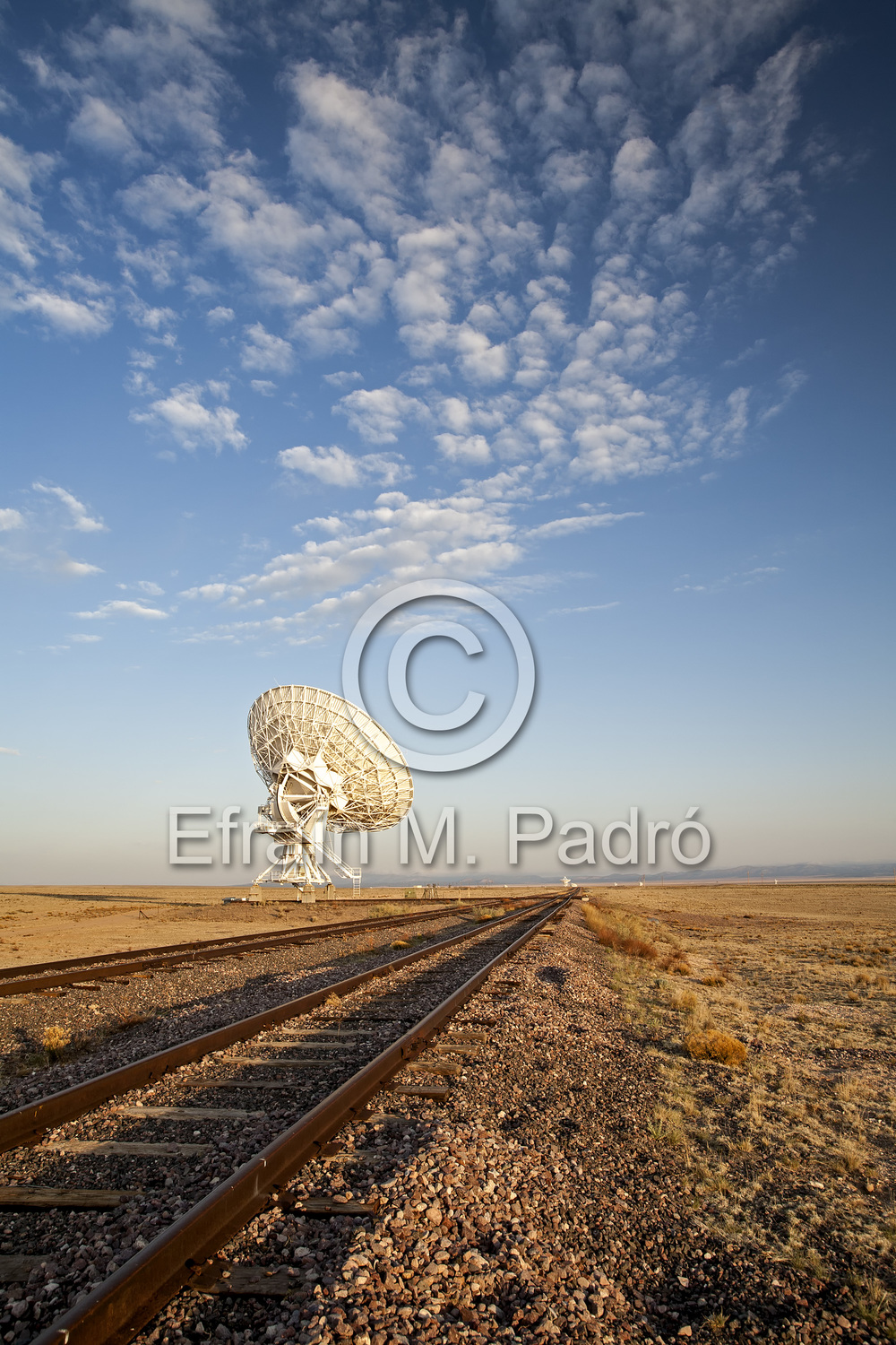 Radio telescope and tracks, Very Large Array (VLA), San Agustin Plains, near Magdalena, NM