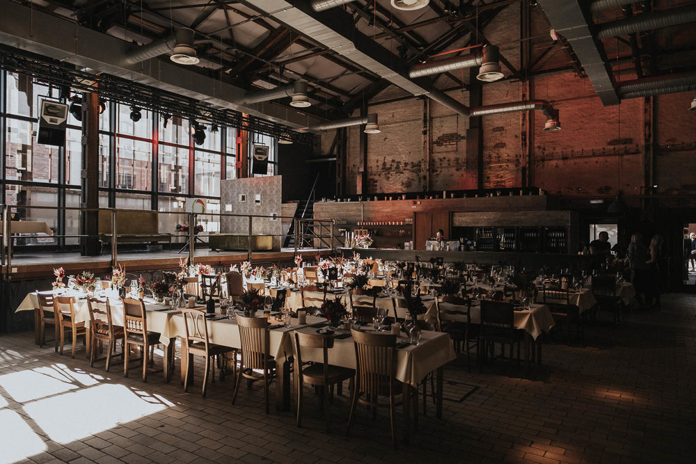 Hochzeit_Düsseldorf_Seifenfabrik_DrThompsons-0023.jpg