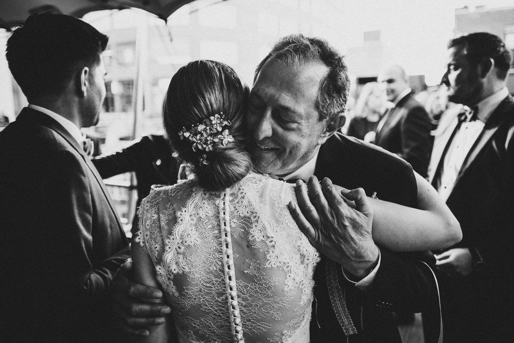 Hochzeit_Düsseldorf_Seifenfabrik_DrThompsons-0069.jpg