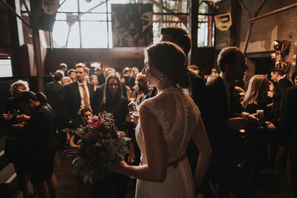 Hochzeit_Düsseldorf_Seifenfabrik_DrThompsons-0086.jpg