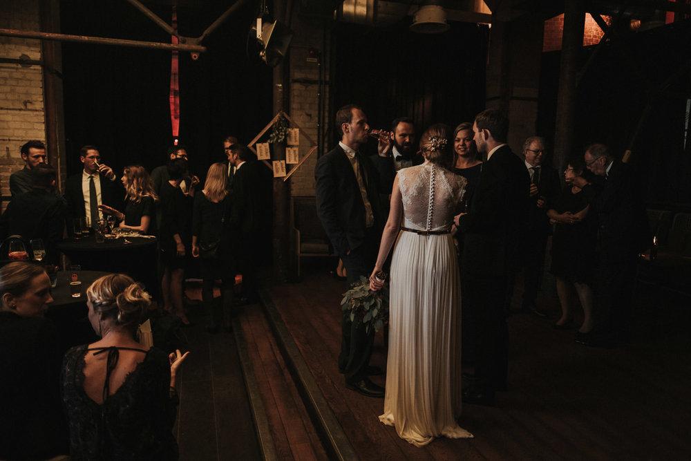 Hochzeit_Düsseldorf_Seifenfabrik_DrThompsons-0105.jpg