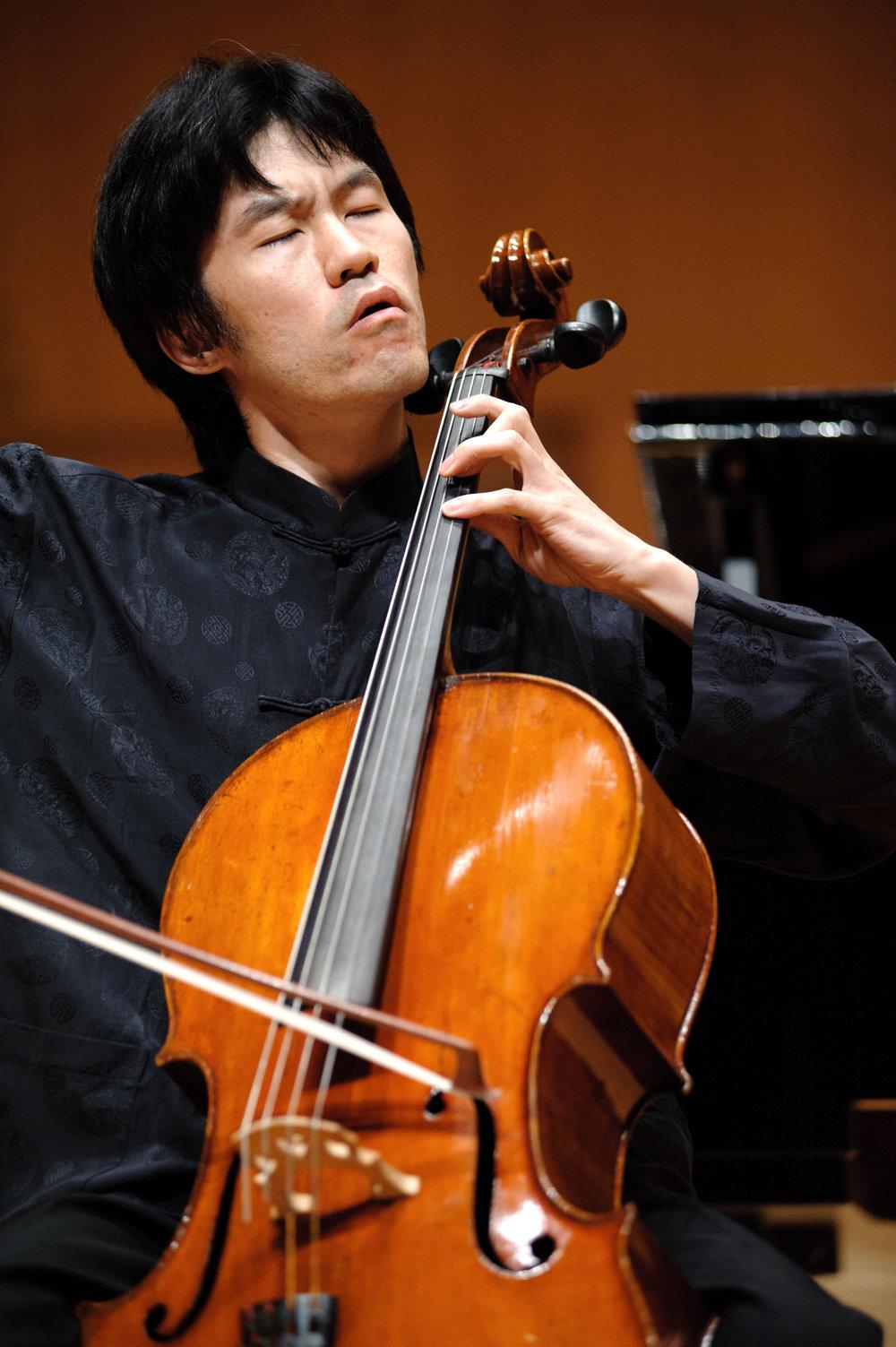Cheung Chau - Beijing Concert hall 8.08.2011.jpg