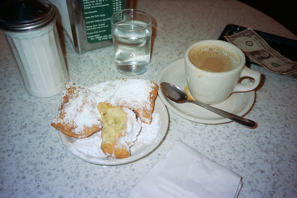 sandy-ley-neworleans-36hours-cafe-du-monde