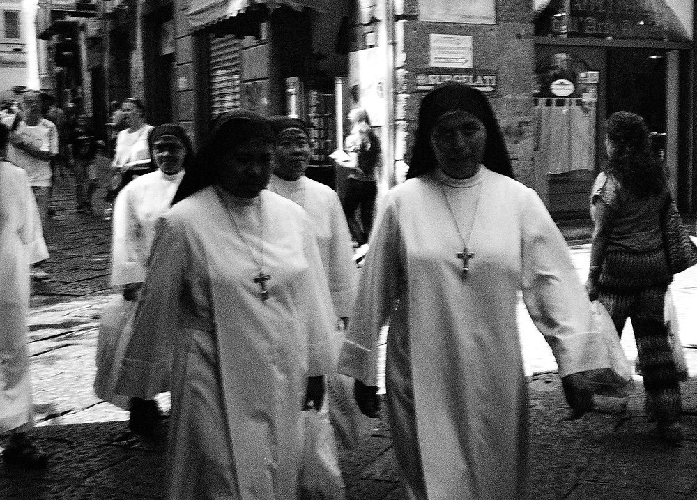 naples-film-black-white-sandyley