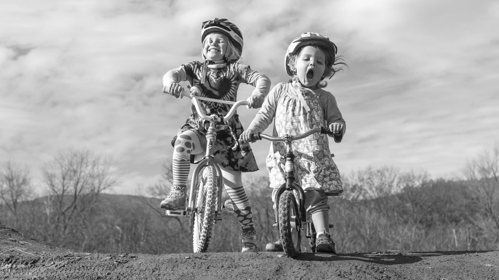 2016-11-14-15-JA-moon-kids-pumptrack-0028-4.jpg