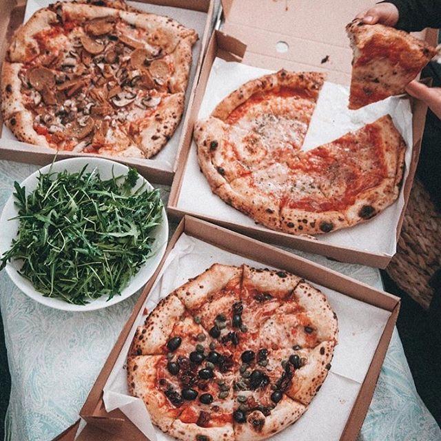 #vegan #pizza at #saintpizza and@abqlondon in Hackney. Come enjoy some smashing sourdough pizzas!