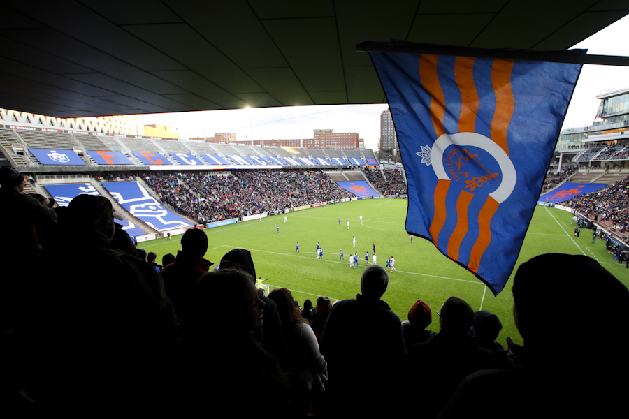 FC Cincinnati drew 14,658 fans to its inaugural home opener on April 9, 2016 against Charlotte Independence at Nippert Stadium.