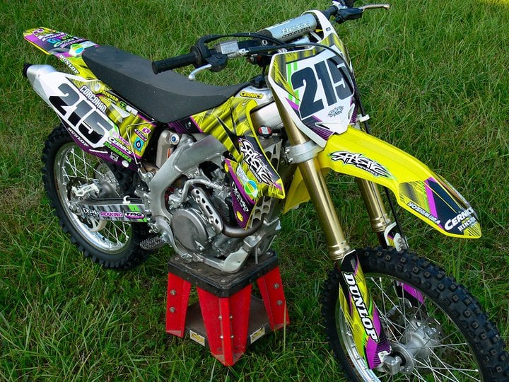 spastic-designs-motocross-graphics-suzuki-banner1.jpg