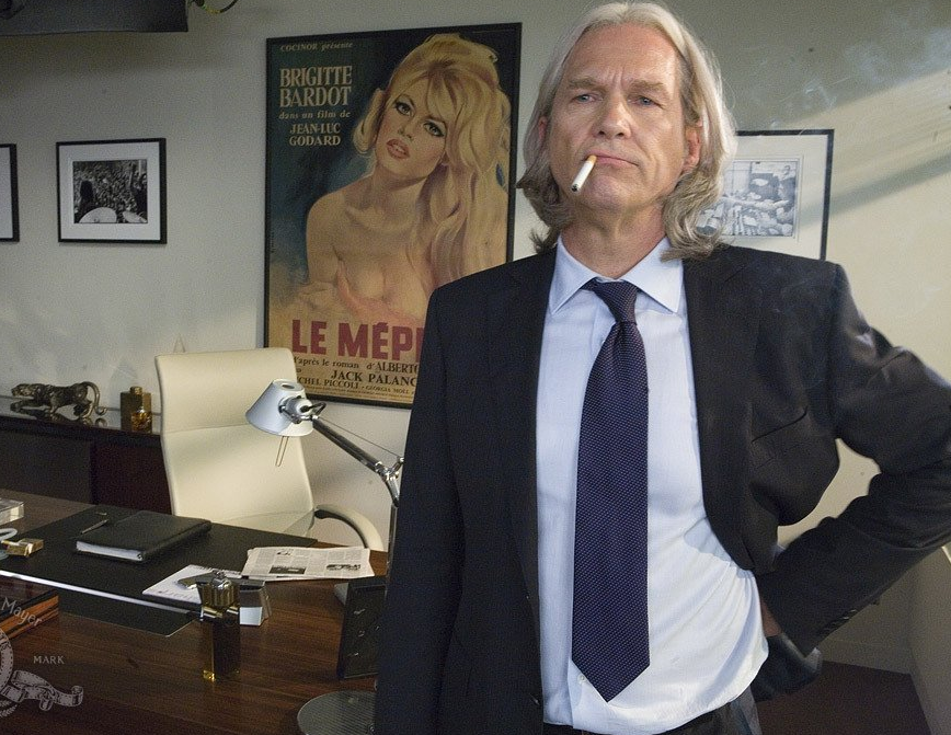 Jeff Bridges as Graydon Carter.