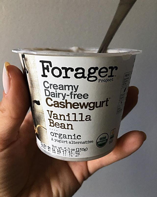 I just tried this non-dairy yogurt for the first time & said 'wow' out loud at least five times. It's that good! #lactosefree #fodmap #sibo #ibs #gutfriendly #autoimmuneprotocol