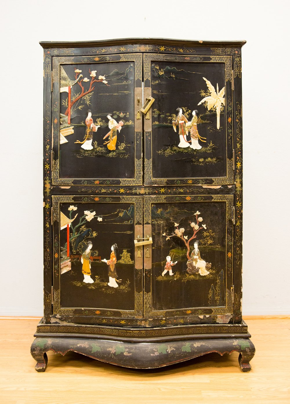Etonnant Unique Antique Cabinet