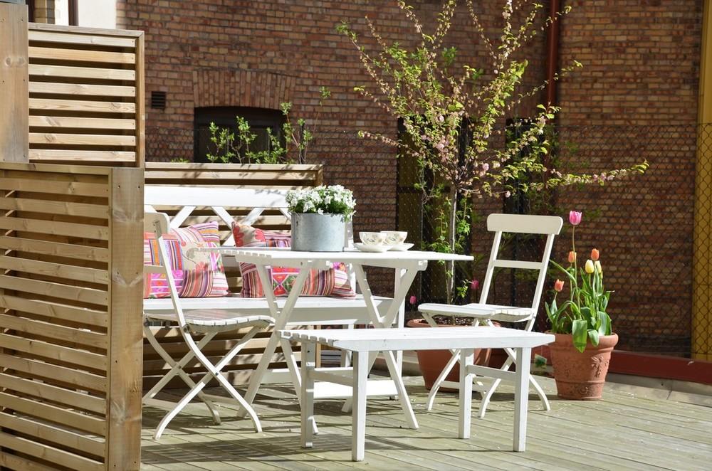Garden outdoor space