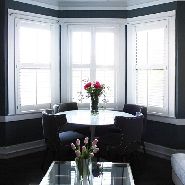 "We've got a guest post on the blog today — designer Clara Jung from @bannerdaysf shares her tips for creating harmony between ""rooms"" when decorating an open-concept space. We love her elegant use of neutrals with pops of color in this gorgeous Nob Hill flat 🌷 Check out the full space on the #roomassembly blog (direct link in profile)"