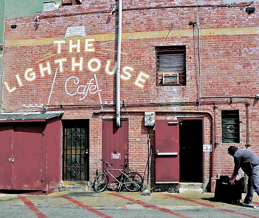 "L.A.Canvas: The Lighthouse Cafe"""
