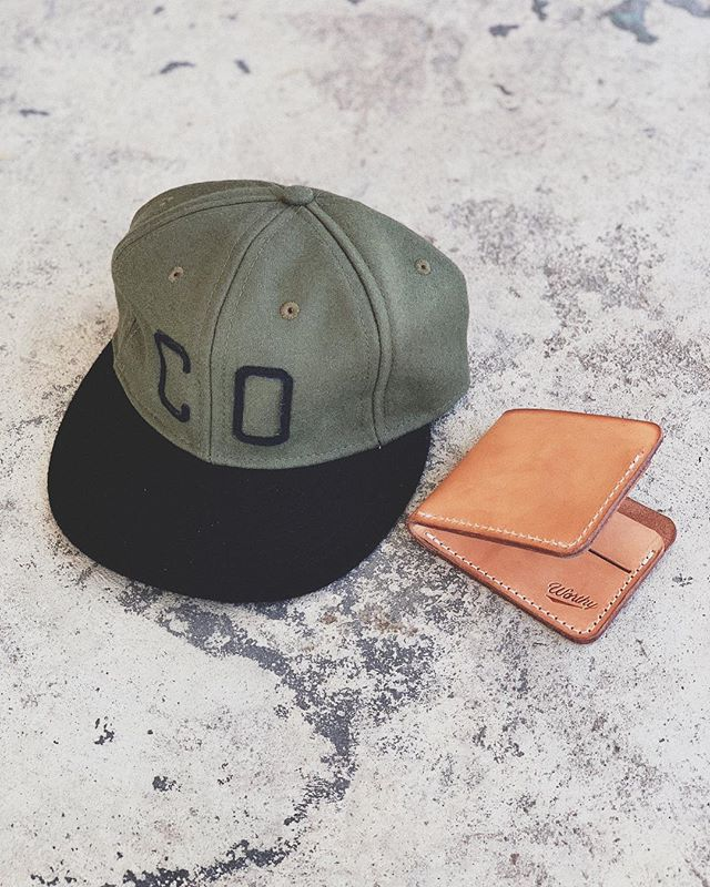 Olive & Black State Cap paired with our veg tan wallet. #worthymade #statecap #colorado